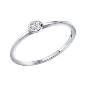 тонкое кольцо из серебра с камнем
